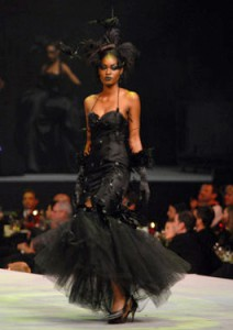 05Runway FashionCares Couture High Fashion Womens designer