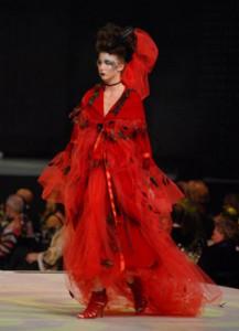 09RunwayFashionCares High Fashion Couture