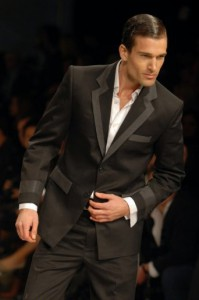 19Runway Toronto FashionWeek Mens Fashion Suits Mensware