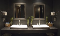Interiors07 Houston Restaurant Bathroom